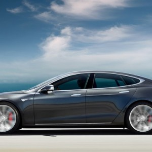 The next Tesla Model S is close to 500 km of autonomy, as it likes to Mercedes