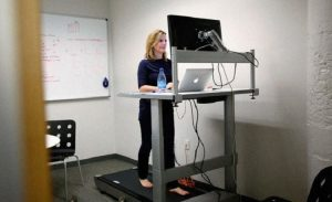 According to a new study it to work sitting or standing does not matter