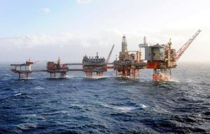 Working Offshore: Clever Tips for a Satisfying Career
